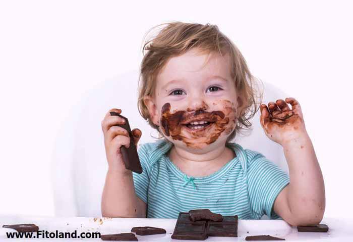 خوردن شکلات برای کودکان خوب است
