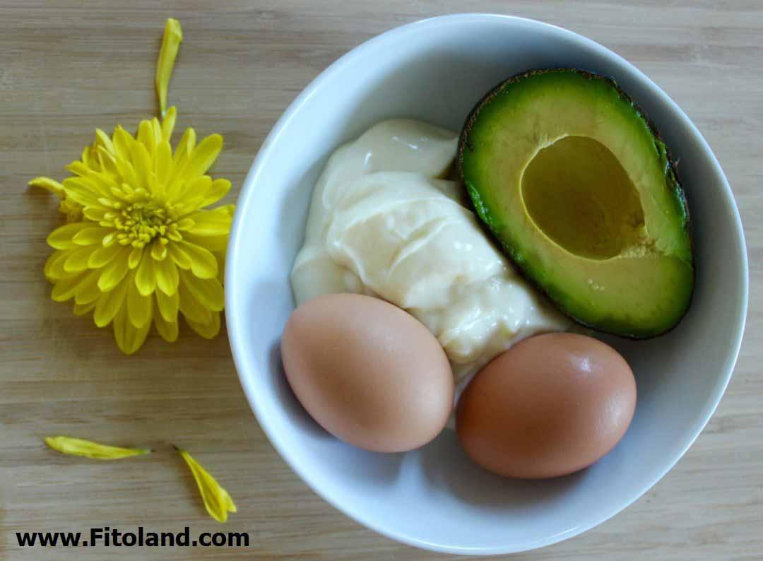 آووکادو از بهترین غذاها برای سلامت مو