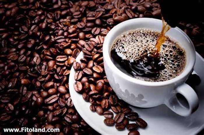 چای و قهوه یکی از انواع درمان خانگی سردرد