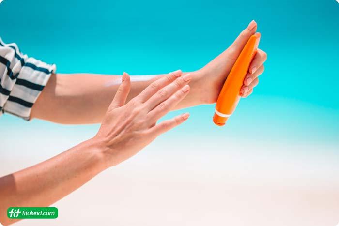 راهنمای استفاده از ضد آفتاب و انتخاب یک ضد آفتاب خوب