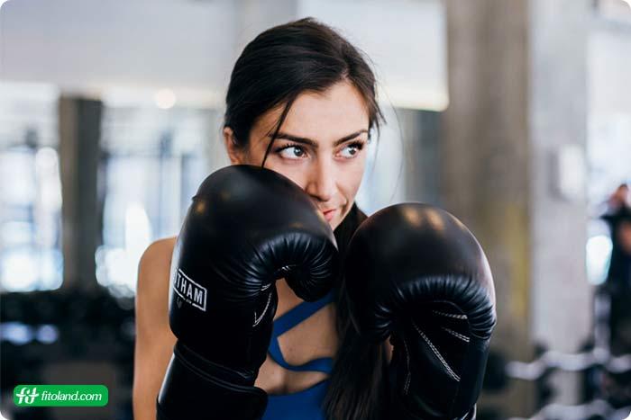 بوکس یکی از تمرینهای هوازی مفید و انواع ورزشهای هوازی