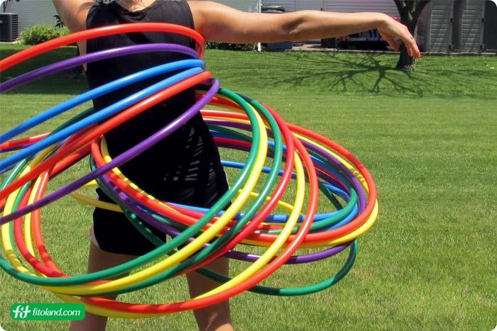 تمرینهای هوازی مفید و حلقه های هولاهوپ یکی از جدیدترین انواع تمرین هوازی