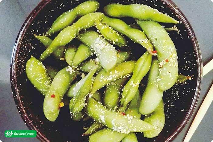 ۲۱ مورد از بهترین منابع چربی های سالم برای تغذیه با غذاهای پرچرب سالم